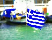 Drapeau de la Grèce dans le port d'Egine, en mars 2009 (John D. Carnessiotis/Flickr/CC)