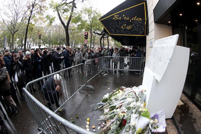 Hommage aux victimes du 13-Novembre, manifestations anti-Trump : résumé de la semaine
