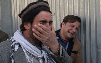 Attaque d'un hôpital à Kaboul, Fillon cherche des soutiens : résumé de la semaine