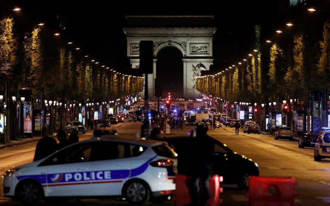 Attentat sur les Champs-Élysées, Erdogan remporte le référendum en Turquie : résumé de la semaine