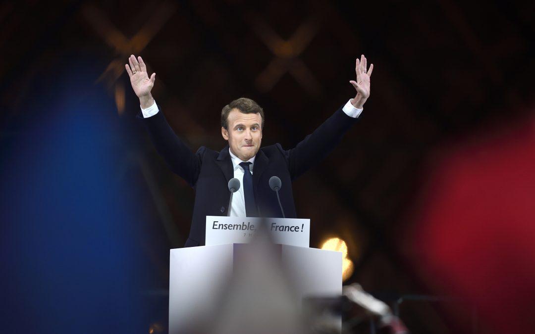 Emmanuel Macron élu président de la République, le patron du FBI limogé par Trump : résumé de la semaine