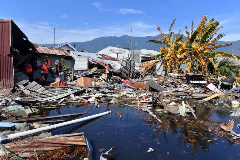 Séisme et tsunami en Indonésie, mort de Charles Aznavour : résumé de la semaine
