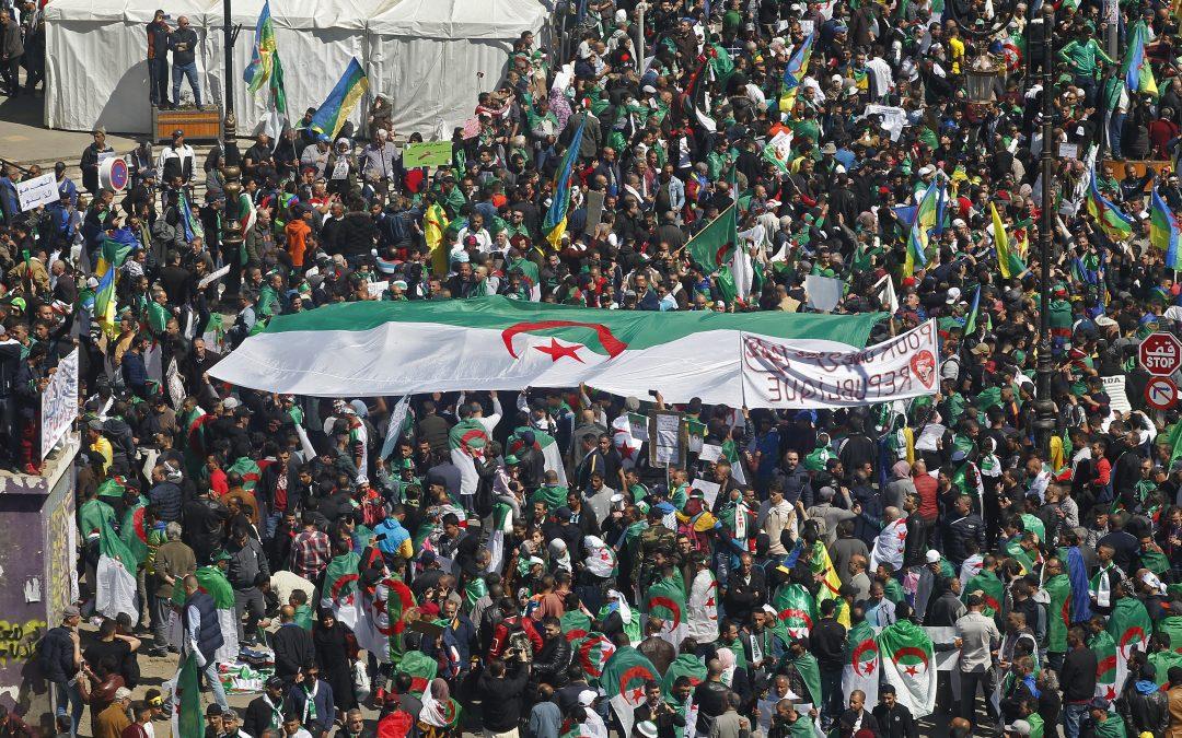 Démission d'Abdelaziz Bouteflika en Algérie, remaniement du gouvernement Philippe : résumé de la semaine
