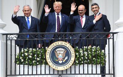Les Émirats arabes unis et Bahreïn reconnaissent désormais l'État hébreu, Macron clôt le débat sur la 5G : résumé de la semaine