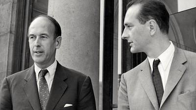 Valéry Giscard d'Estaing est mort, le gouvernement détaille le plan de vaccination : résumé de la semaine