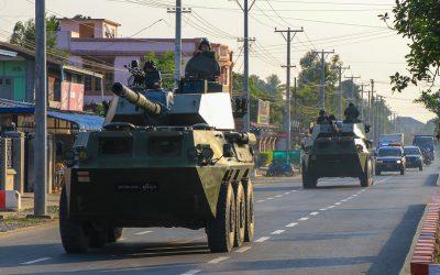 Coup d'Etat en Birmanie, pas de reconfinement en France : le résumé de la semaine